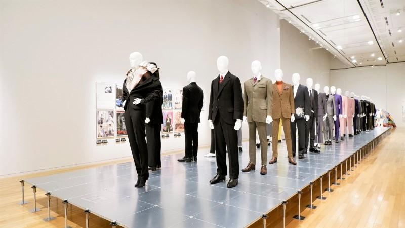 ドレス・コード? —— 着る人たちのゲーム/展覧会レポート/東京オペラシティアートギャラリー