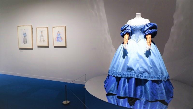 石岡瑛子 血が、汗が、涙がデザインできるか/展覧会レポート/東京都現代美術館
