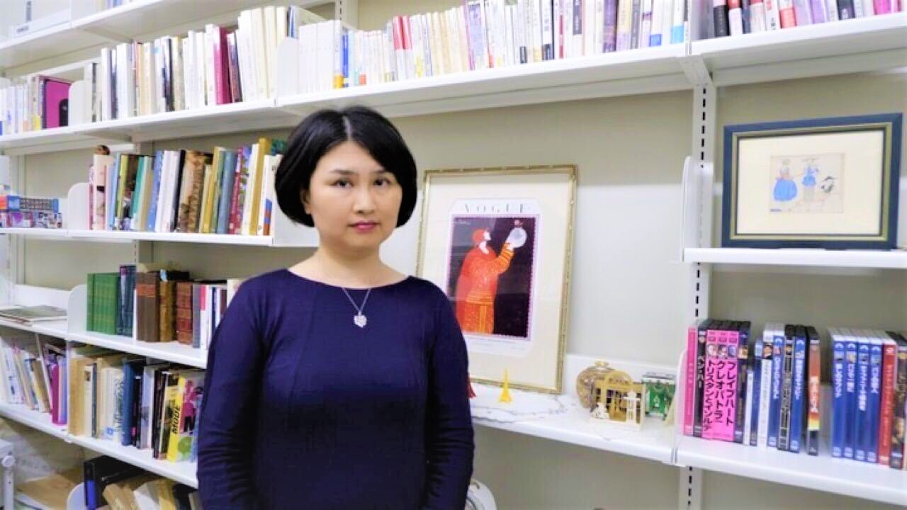 日本女子大学フランス服飾史/内村理奈准教授/インタビュー/マリーアントワネットの衣裳部屋